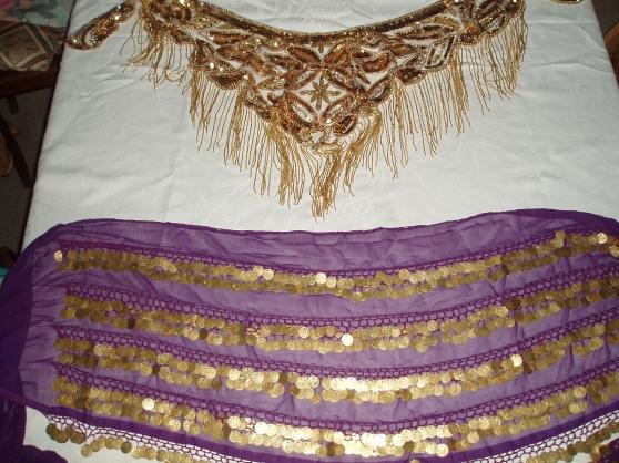Ceintures or transparent et violet