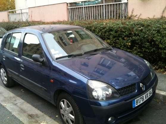 vends renault- Clio II année 2002