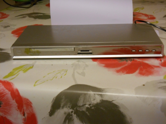lecteur dvd dual+2 magnetoscopes goldsta