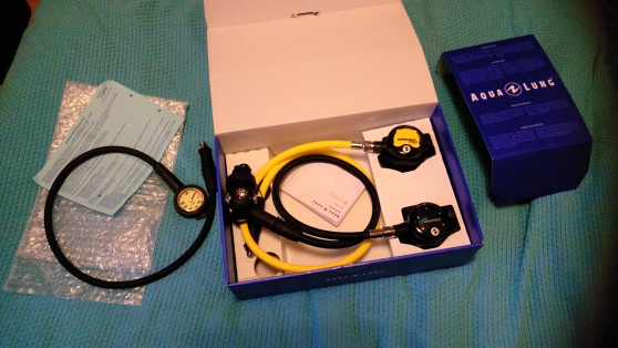 Pack détendeur mikron DIN + mano (neuf)