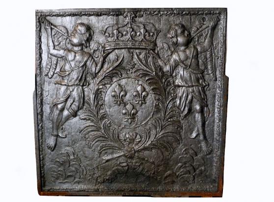 Plaque de cheminée en fonte du XVIIIème