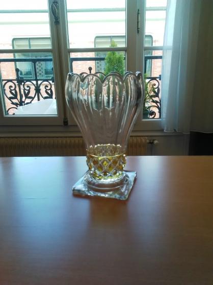 Vase en forme d'ananas