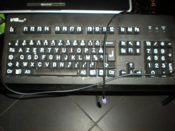 clavier pour mal voyant