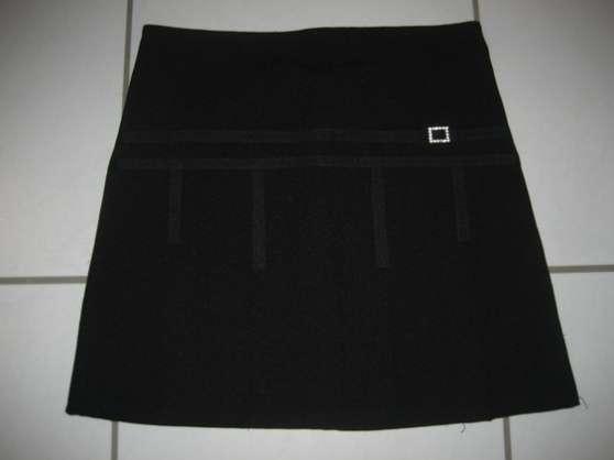Jupe noire Taille 10 ans