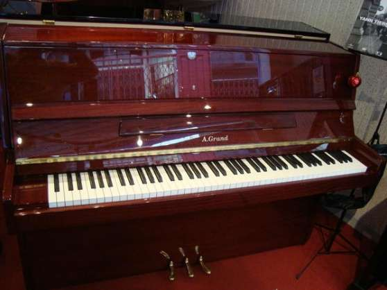 Piano Droit A Grant 108 en excellent
