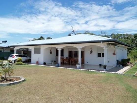 villa T4 meublée climatisée à Saint-Jose