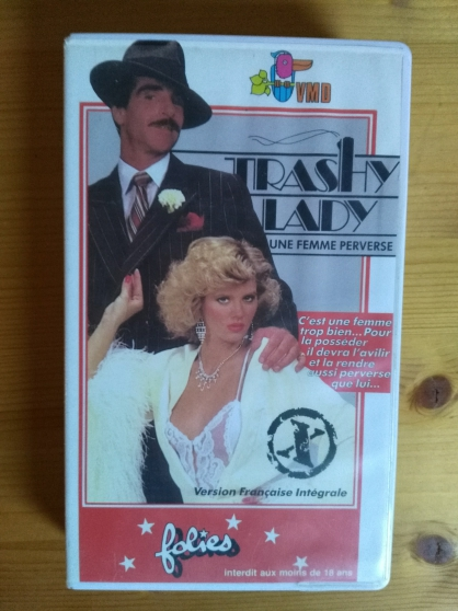 Annonce occasion, vente ou achat 'Vends VHS rare film Trashy lady'