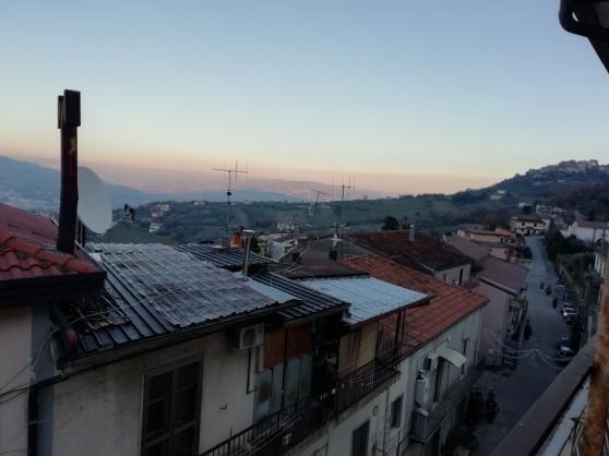 Affaire! Grand appartement en Italie