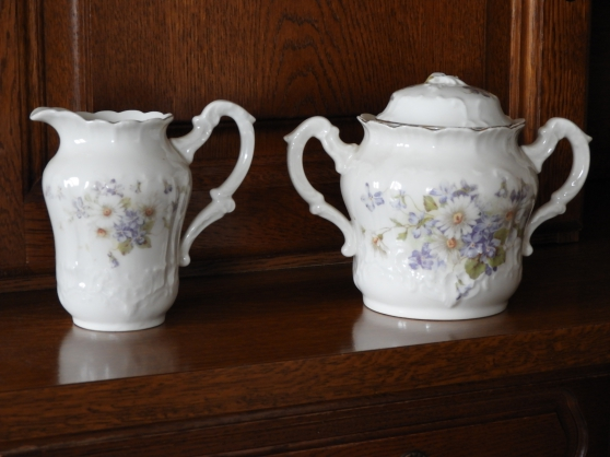 Annonce occasion, vente ou achat 'Ensemble Pots au lait et Sucriers'