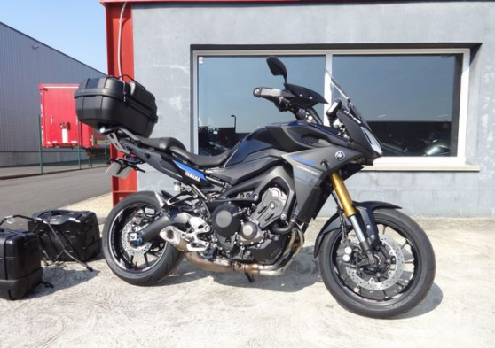 Annonce occasion, vente ou achat 'Yamaha mt 09 tracer + bagagerie'