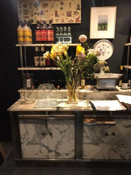 Meuble bar rare en marbre - Années 40 - Photo 2
