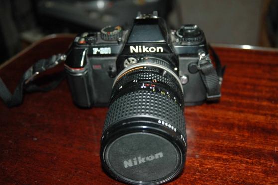 appareil photo argentique Nikon 301