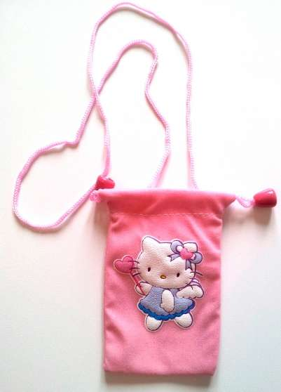 Housse rose tél portable Hello Kitty