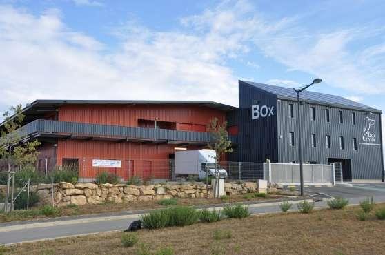 Louez un box id al garde meubles b ziers immobilier for Achat box garage lyon