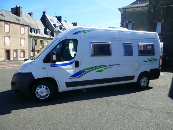 fourgon amenage autostar van caravanes camping car. Black Bedroom Furniture Sets. Home Design Ideas