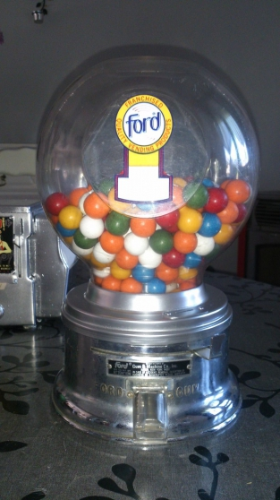 Distributeur de bonbons Ford US N1