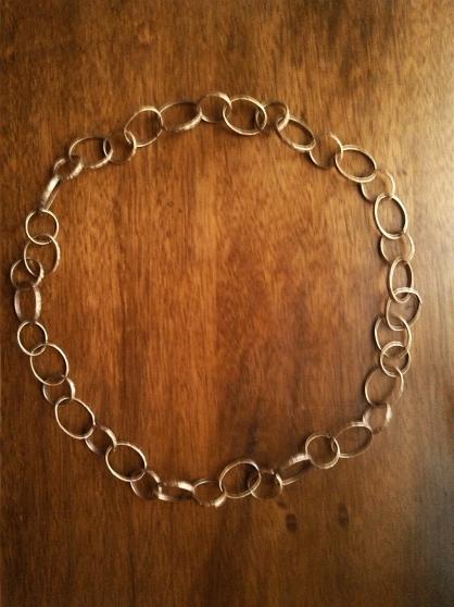 Annonce occasion, vente ou achat 'Collier d\'anneaux estampillés'