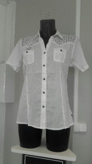 vêtements blancs 100% coton