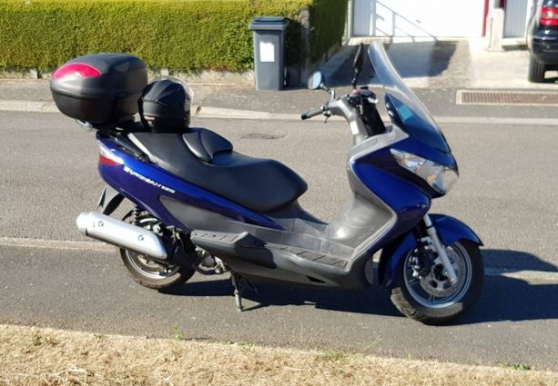 suzuki burgman phase 2 !2400km etat neuf - Photo 3