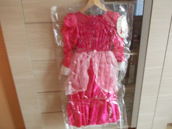 Annonce occasion, vente ou achat 'robe déguisement marquise'