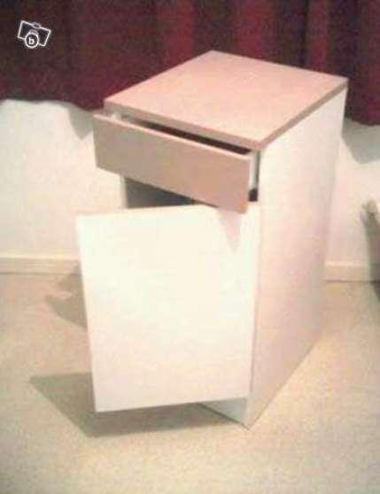 URGENT - Vend meuble bas , bon état