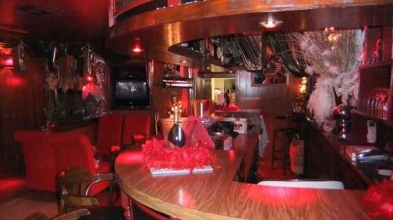 Bar a champagne club priv e ch teauroux emplois for Emplois hotellerie restauration