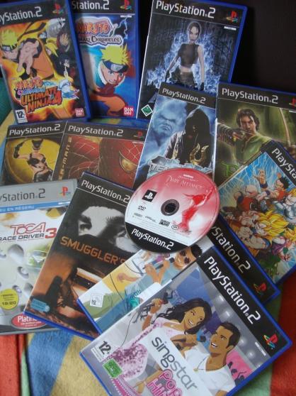 console + 56 jeux + accessoires - Photo 3