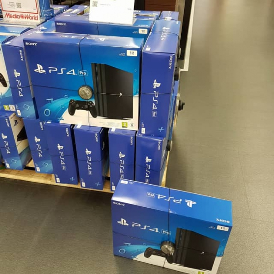 sony playstation 4 pro - Annonce gratuite marche.fr