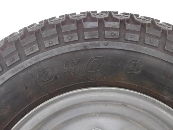 roue remorque auto accessoires pneus romans sur is re reference aut pne rou petite. Black Bedroom Furniture Sets. Home Design Ideas