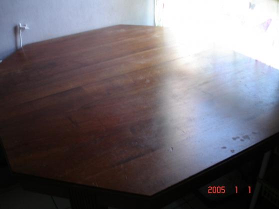 Annonce occasion, vente ou achat 'table hexagonale avec rallonge'