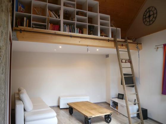 Belle maison en pierre rénovée de 102 m² - Photo 2