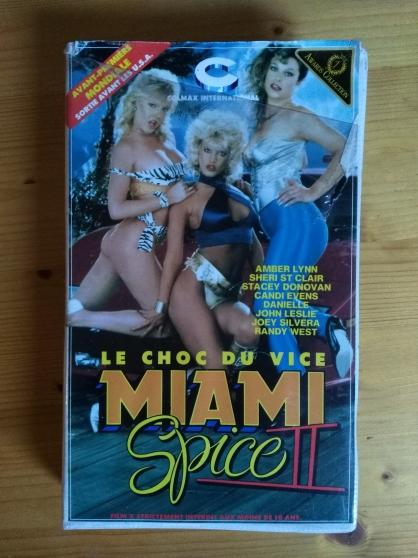Vends VHS rare film Miami spice 2