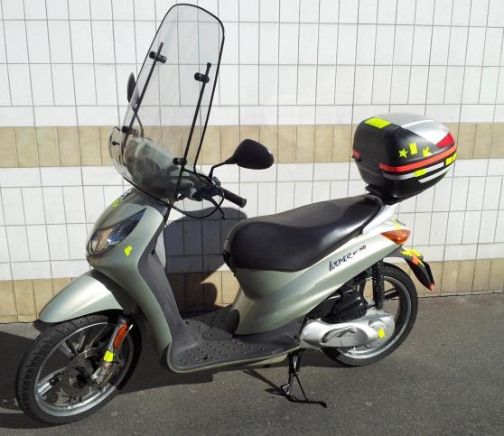 Scooter à grandes roues Peugeot