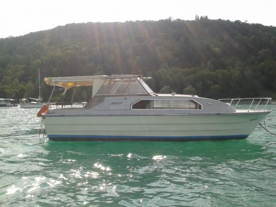 Location hebergement bateau JURA Vouglan