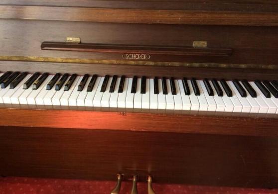 Annonce occasion, vente ou achat 'piano d\'étude droit marque Sherer'