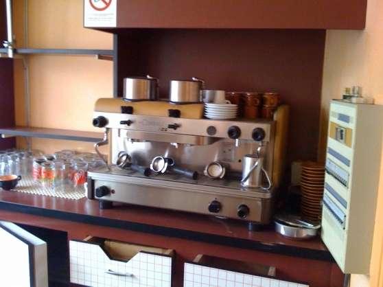 Machine à café pro. Cimbali, 2 groupes