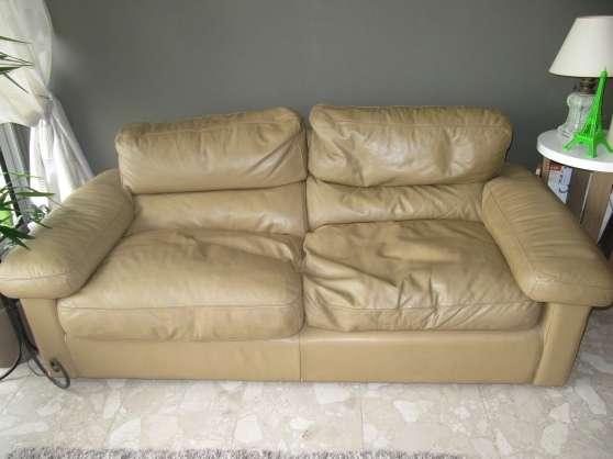 Canap cuir poltrona frau meubles d coration canap s for Reparation canape cuir paris