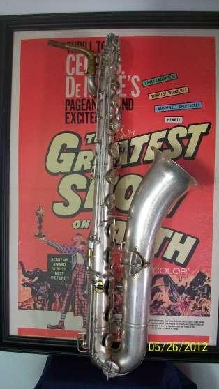 """saxophone baryton""""king zephyr"""""""