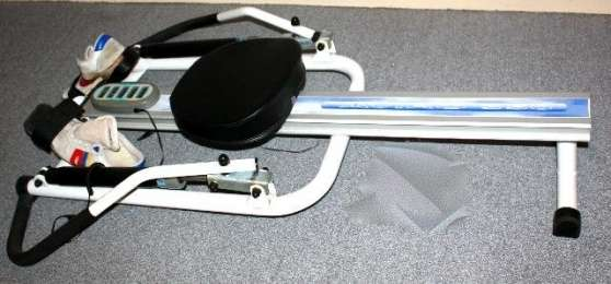 rameur aviro 350 d cathlon sports rameur vienne reference spo ram ram petite annonce. Black Bedroom Furniture Sets. Home Design Ideas