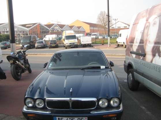 Jaguar XJ8 SOVEREIGN 3.2 V8