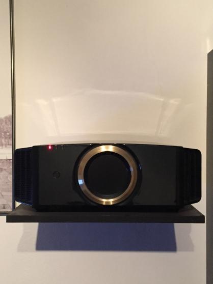 Projecteur JVC dla-rs57 4k 3D