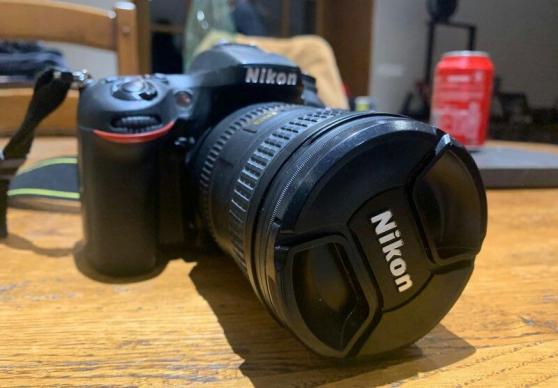 Nikon D7100 avec objectif 18-200