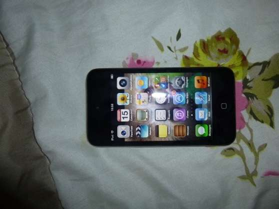 Vend Ipod touch Noir comme neuf 150 euro