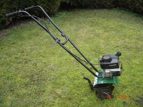 Mini motobineuse maniable l g re dijon jardin nature outils de jardinages dijon reference - Petit jardin robertson dijon ...