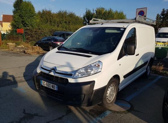 Annonce occasion, vente ou achat 'Citroën Jumpy fourgon blanc'