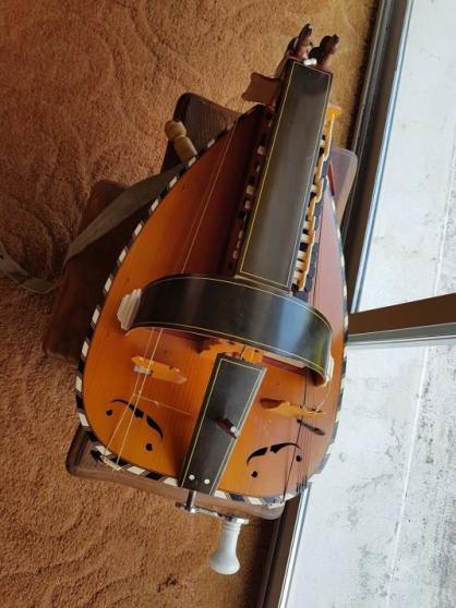 Vielle à roue - Photo 3