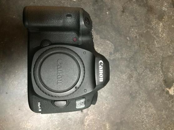 Annonce occasion, vente ou achat 'Canon EOS 5D Mark III 22,3 Mpix- Noir (B'