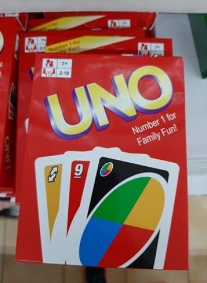 Destockage 20 jeux de cartes UNO