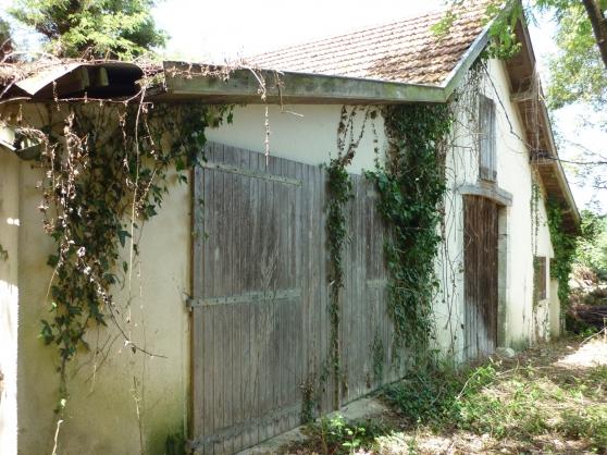 Maison de campagne à rénover.