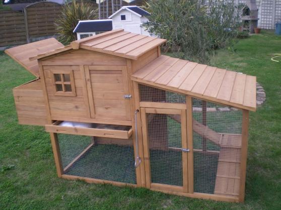 poulailler id al pour 2 3 poules animaux accessoires pour animaux st michel chef chef. Black Bedroom Furniture Sets. Home Design Ideas